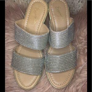 "🌹Seychelles Gorgeous 4"" Wedge Sandals!"
